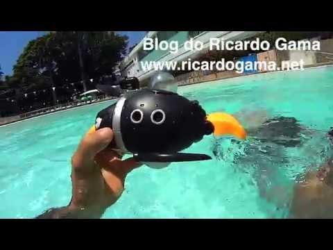 Imaginext brinquedo Submarino do Pinguim inimigo do Batman em altas aventuras na piscina