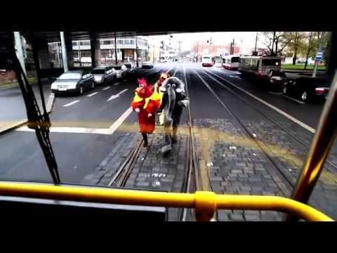 Ujel mi vlak, i poslední tramvaj !
