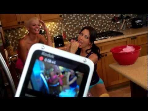 Tiger Woods Affair with Porn Star Joslyn James at AVN Las Vegas 2008 from YouTube · Duration:  2 minutes 43 seconds