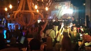 Песня Континенты завершившая концерт певицы Боби в Люстра баре, 19.04.2018