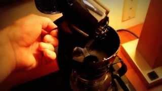 Как приготовить кофе в кофеварке(Иван готовит кофе. Американо., 2014-06-27T22:03:18.000Z)