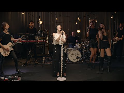 """Carly Rae Jepsen 