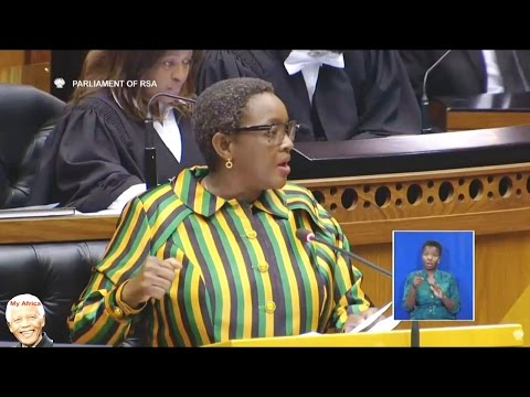 Minister Bathabile Dlamini mocked in Parliament By EFF And DA. SASSA