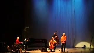 """""""Экологический"""" джаз: Paul Winter Consort в Московском Доме Музыки в апреле 2008 г."""