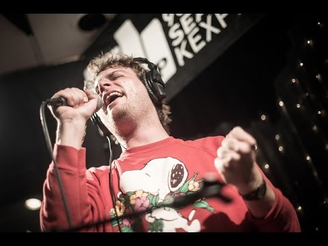 Mac demarco chamber of reflection live on kexp youtube for Chamber of reflection