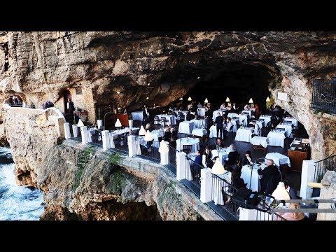 Grotte Restaurant Bari Italien