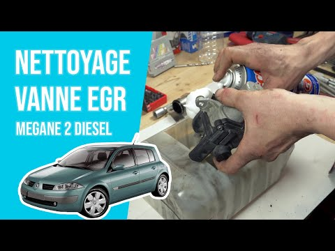 tuto renault megane 2 diesel nettoyer la vanne egr youtube. Black Bedroom Furniture Sets. Home Design Ideas
