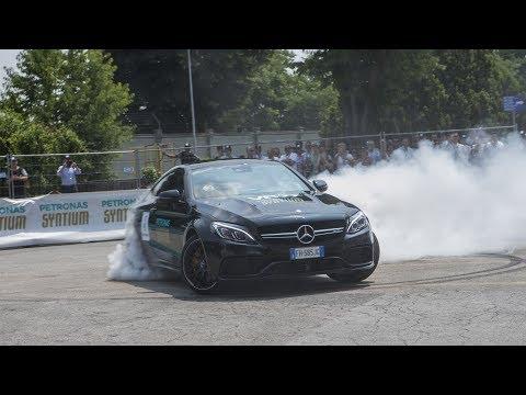 Valtteri Bottas Turns Petronas Lab into Race Track!