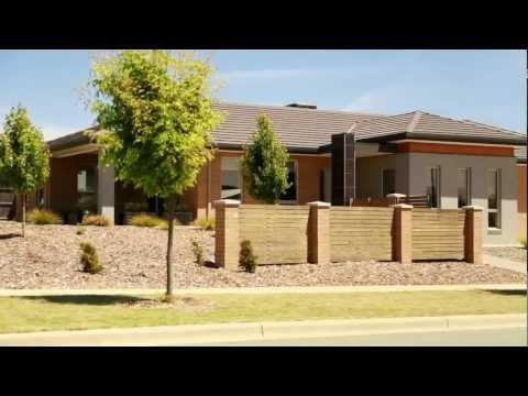 Iluka Media -  Canberra Real Estate Videos - 32 Allnut Crescent Forde