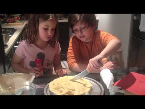 How to Make an Apple Pie - Easy Recipe - Presented by Evie Dolan & Theo Dolan