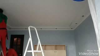 Монтаж натяжного потолка в режиме гиперлапс.(, 2017-02-24T10:52:55.000Z)