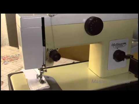 Как вставить нитку в швейную машинку чайка 134а видео