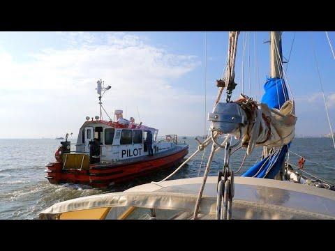 Suez Canal transit by sailboat part 1 #Ep.48 - Sailing Messenger