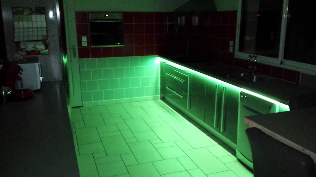 cuisine hygena avec led couleur youtube. Black Bedroom Furniture Sets. Home Design Ideas