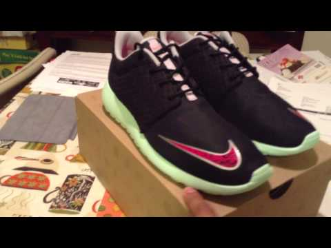 "nike-roshe-run-fb-black/mint-""yeezy""-shoe-look/review"