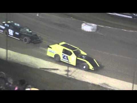 Crowley's Ridge Raceway 4/23/16 #21 Chris Sims Modified Heat Race