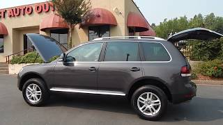 2009 Volkswagen Touareg 2 video overview and walk around