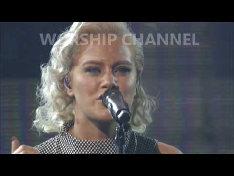 Hillsong UNITED - Prince Of Peace - Dove Awards 2016