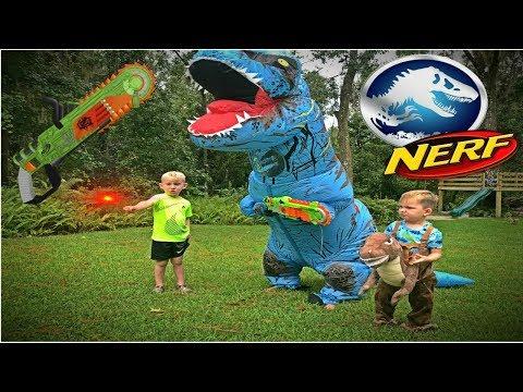 Jurassic World Fallen Kingdom T-REX ATTACK! Nerf battle Kyle vs T-rex