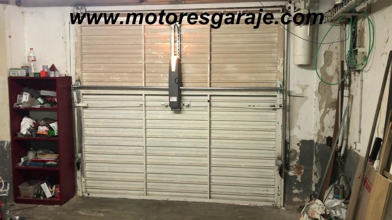 b51c5494f15 KIT motor puerta basculante LIFE - YouTube
