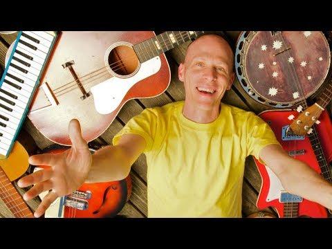 Caspar Babypants, Artist Profile On Rad Dad, Show By Kirill Zubovsky.