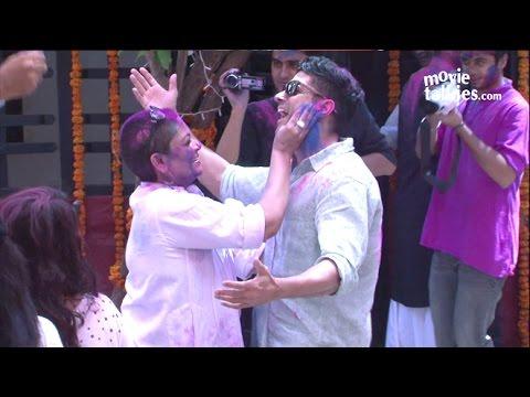 Bollywood HOLI Party 2015 - Farhan Akhtar, Shabana Azmi | Full Video