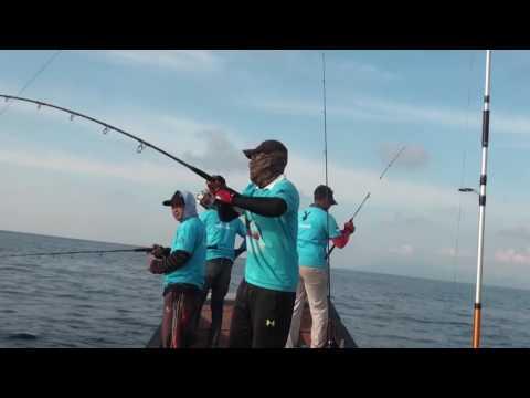 Jigging: deep water target tuna,GT Rabbit fishing  ( Banda Aceh )