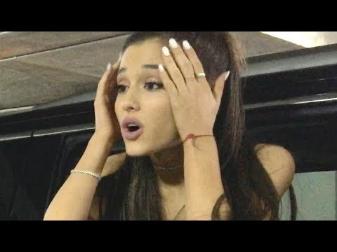 Ariana Grande Savagely Shades The Grammys Mp3
