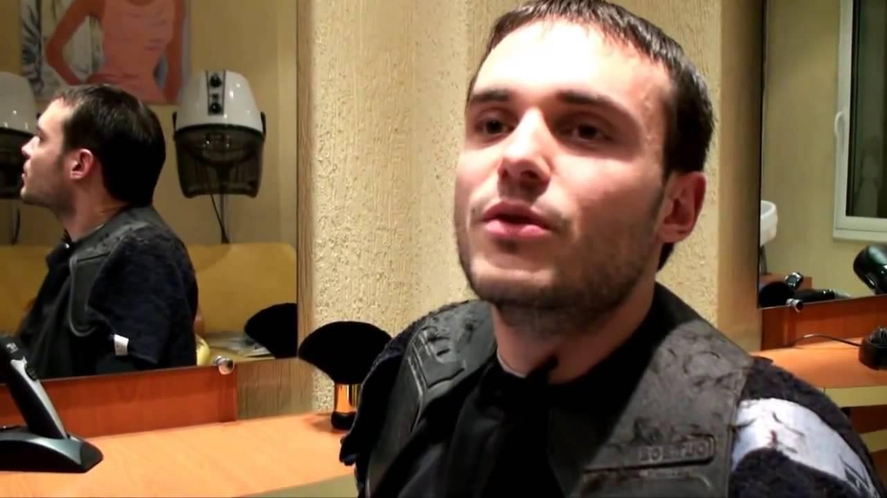 JEROME CHEZ LE COIFFEUR - YouTube