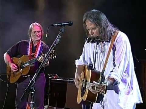 Neil Young & Willie Nelson - Heart of Gold (Live at Farm Aid