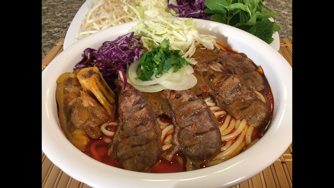 How to make bun bo hue vietnamese spicy beef noodle soup food how to make bun bo hue vietnamese spicy beef noodle soup food recipes youtube forumfinder Image collections