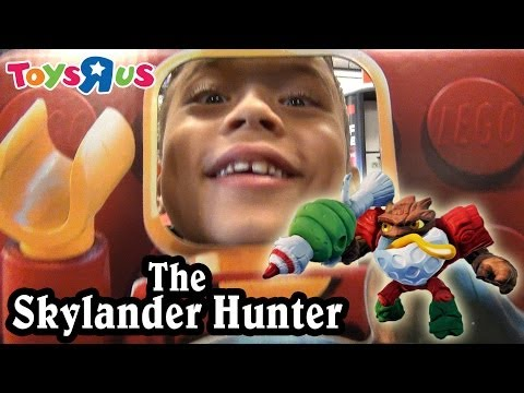 "Toys ""R"" Us Shopping! JOLLY BUMBLE BLAST, Minecraft, Disney Infinity, LEGO, Angry Birds GO!"