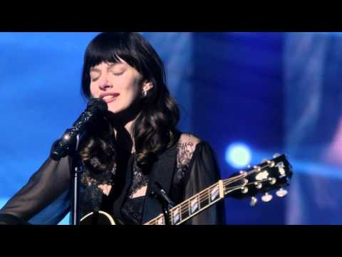 "Aubrey Peeples (Layla) Sings ""Too Far From You"" - Nashville"