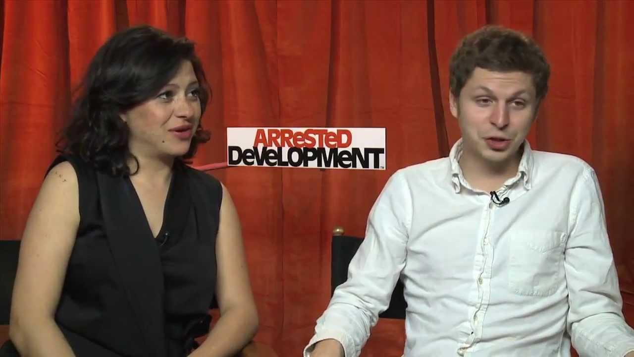 Arrested Development Season 4 -- Alia Shawkat And Michael ...