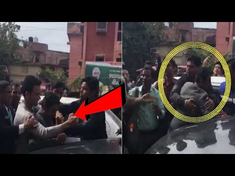 CRAZY Fan Grabs Nawazuddin Siddiqui By His Neck For A SELFIE | Scary MOMENT