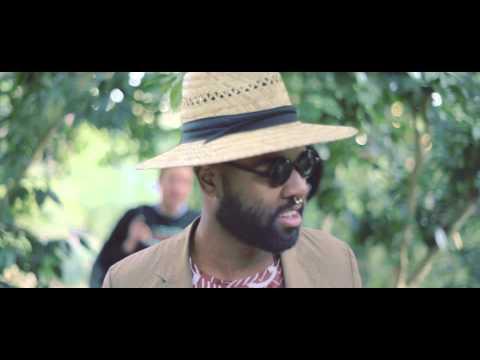 Oddience | Quarterback Gordon (Official Video)