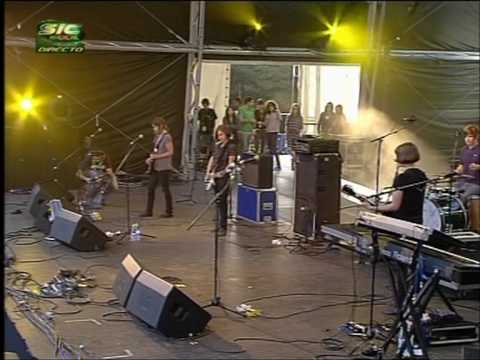 Electrelane - Birds - Live @ Paredes de Coura 2007.08.15 (05/10) [4:3 HQ]