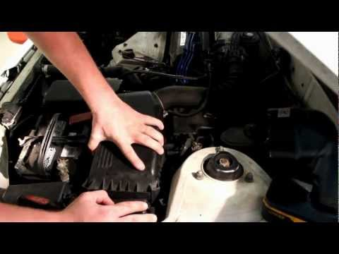 fuel filter replacement on a 1991 toyota corolla