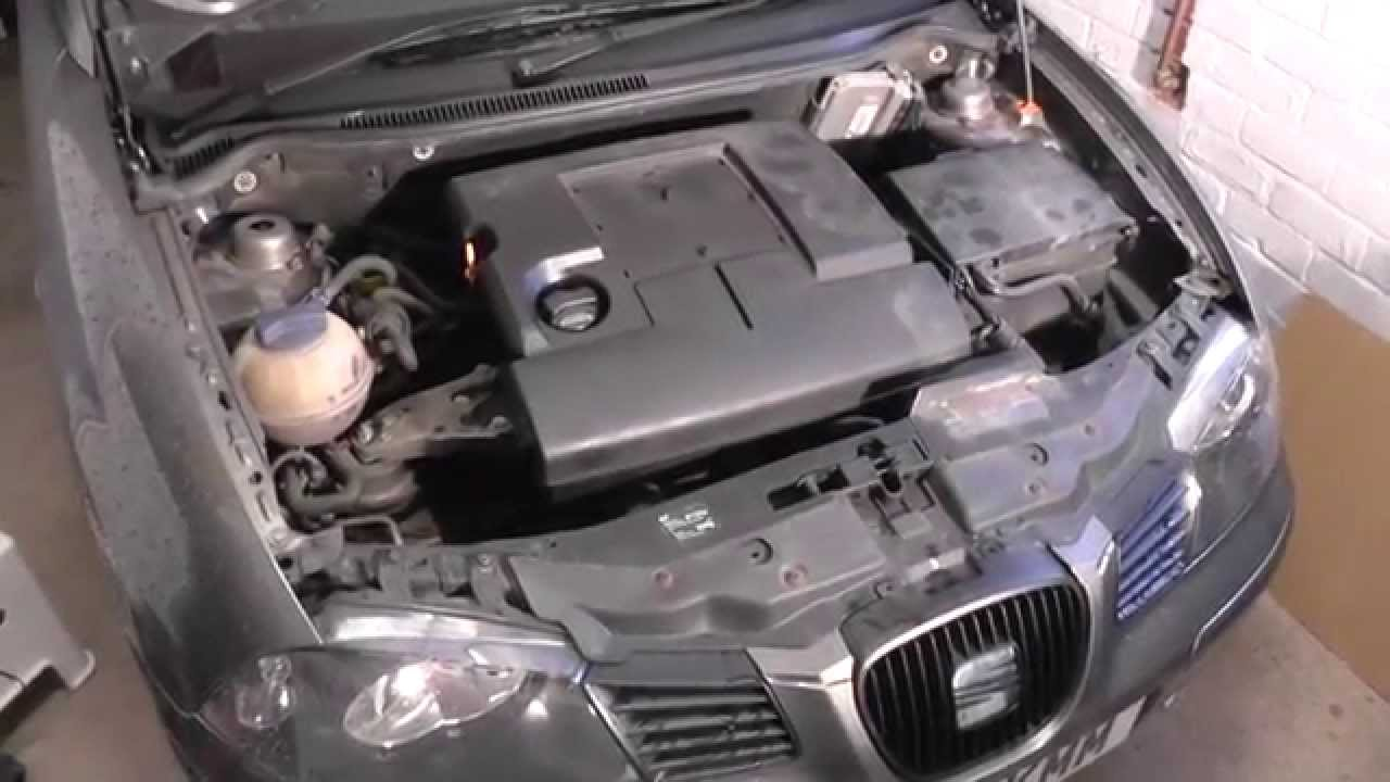 seat ibiza engine cover removal guide youtube. Black Bedroom Furniture Sets. Home Design Ideas