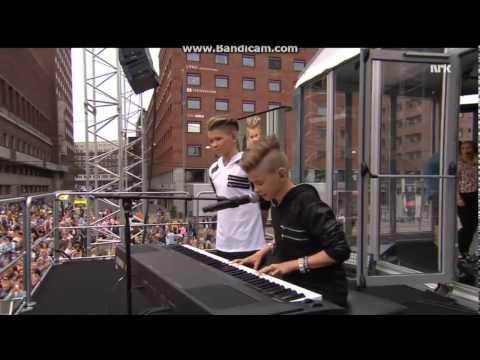 Marcus & Martinus-Plystre på deg (VG-lista 2015) (With SUBTITLES)