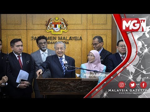 "TERKINI : ""Jho Low 'Sembunyi Macam Tikus"" - Tun Dr Mahathir Mohamad"