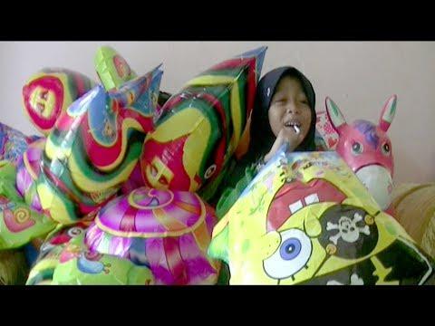 Balonku Ada Lima - Tutup Hidung, Tips Qyla Meniup Balon Foil Karakter Love dan Spongebob: Lagu Anak-anak Balonku Ada Lima bernyanyi sambil Tutup Hidung,  Tips Qyla Meniup Balon Foil Karakter Love dan Balon Karakter spongebob squarepants. Tips Adik Qyla dalam bermain balon Meniup Balon Foil Karakter Love dan Balon Karakter Spongebob squarepants.