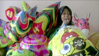 balonku ada lima   tutup hidung  tips qyla meniup balon foil karakter love dan spongebob