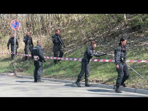 Polizei geht nach Leichenfund in Aue von Gewaltverbrechen aus