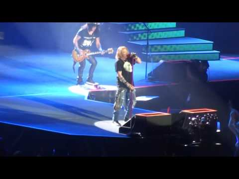 Guns N Roses - Mr. Brownstone - Live at Ford Field in Detroit, MI on 6-23-16