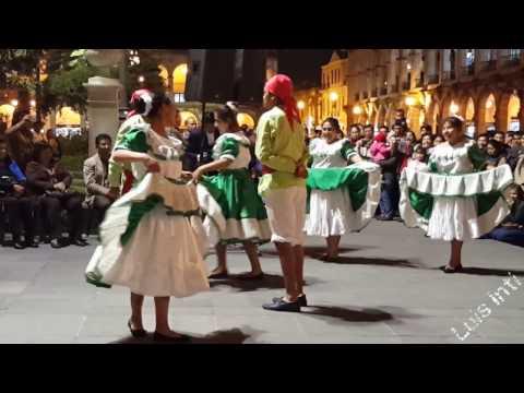 Danza Chollonqueros (Mollendo). Festival de Danzas en Plaza de Armas de Arequipa [3/10] (30/03/2017)