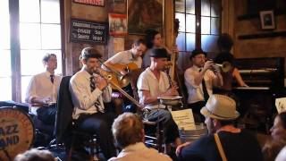"""FQF 2010: Loose Marbles - """"Weary Blues"""" (""""Shake It and Break It"""")"""