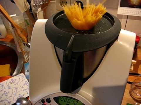 Nudeln & Spaghetti mit Vorwerk Thermomix TM31 - YouTube