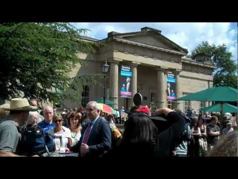 York, Filming 'Antiques Road Show', Museum Gardens