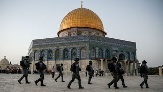Jerusalem  Men under 50 banned from Friday prayers at holy site